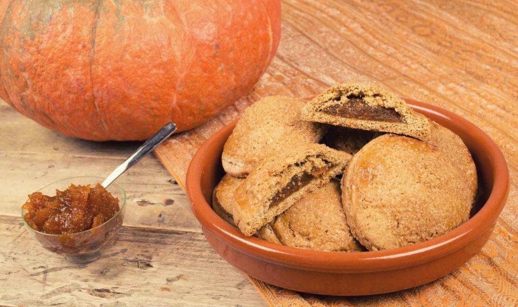 ricette biscotti per cani alla zucca